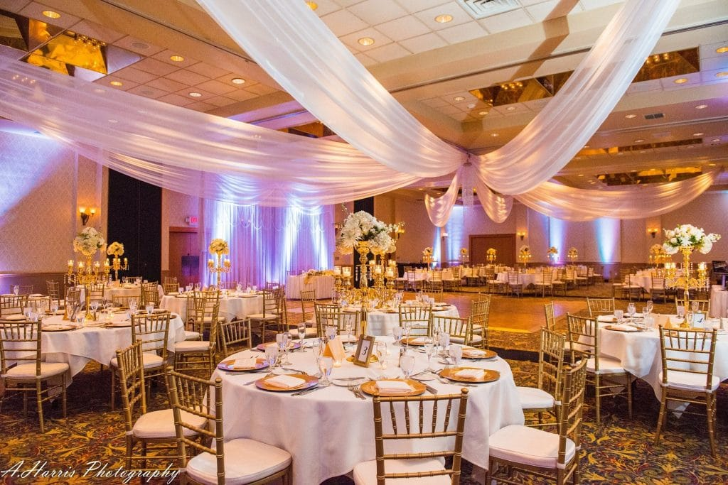 The Grand Ballroom - a jawdropping place for an elegant wedding