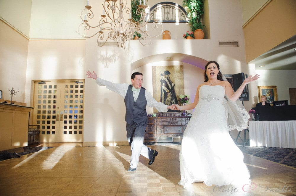 Bride and groom dramatic pose at Mission Inn wedding