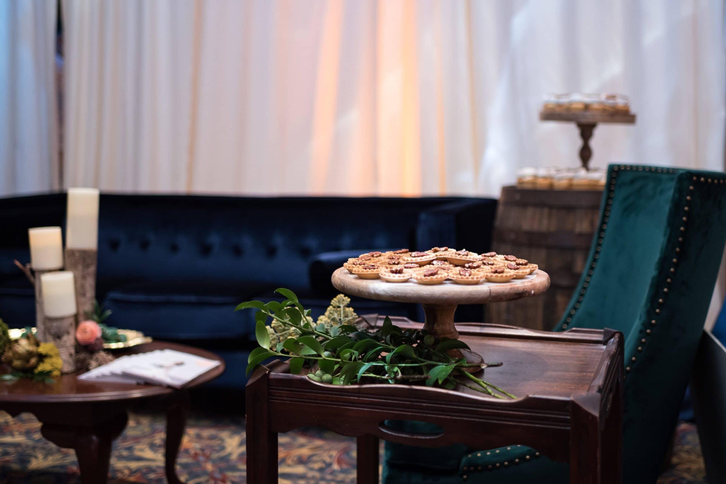Wedding Fall Inspired Seating Arrangement
