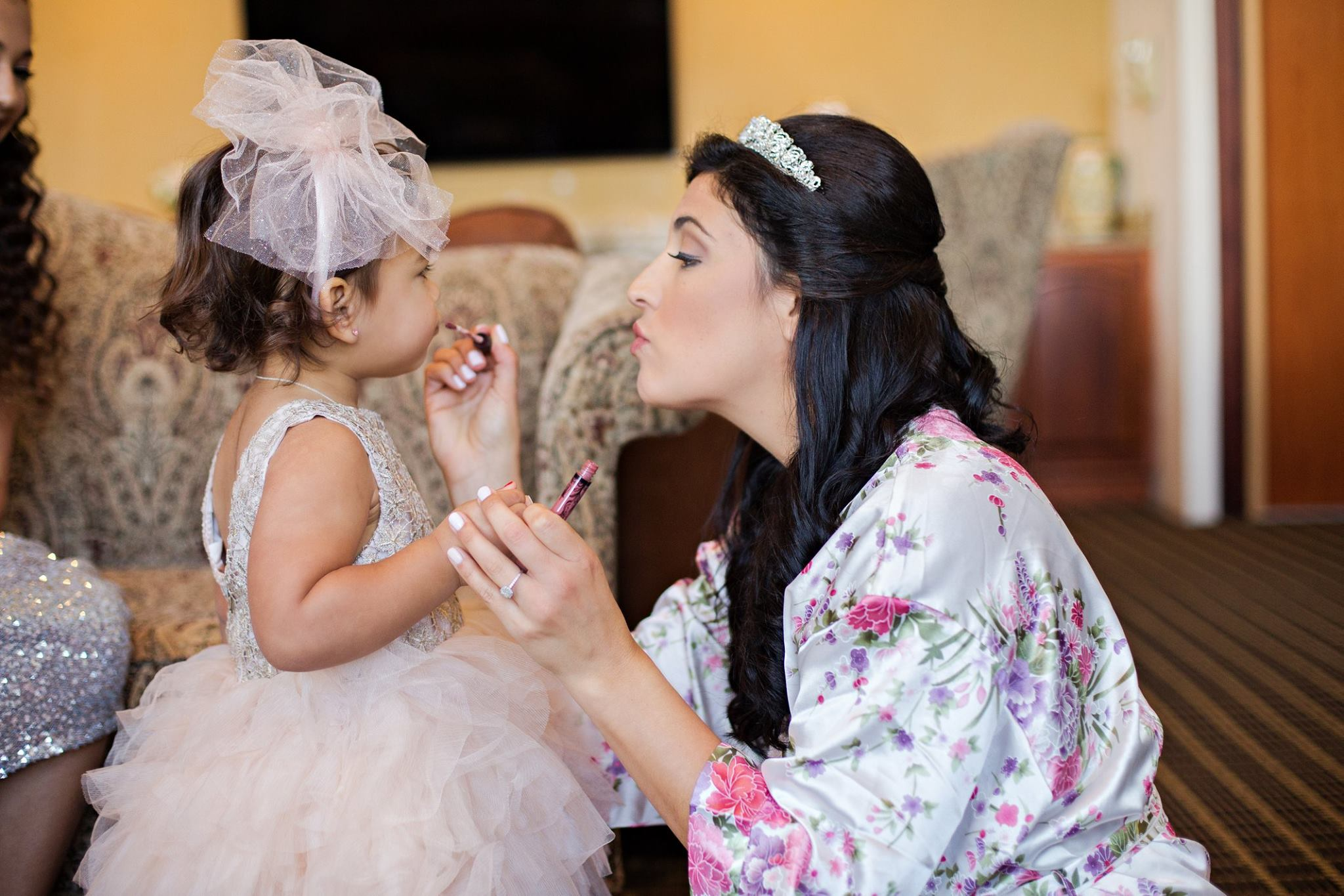 Kristen Weaver Orlando Wedding Photographer Bride with Flower Girl