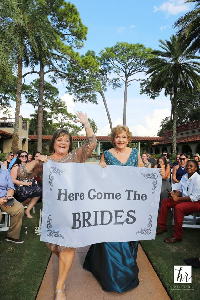 Moms Here come the Brides