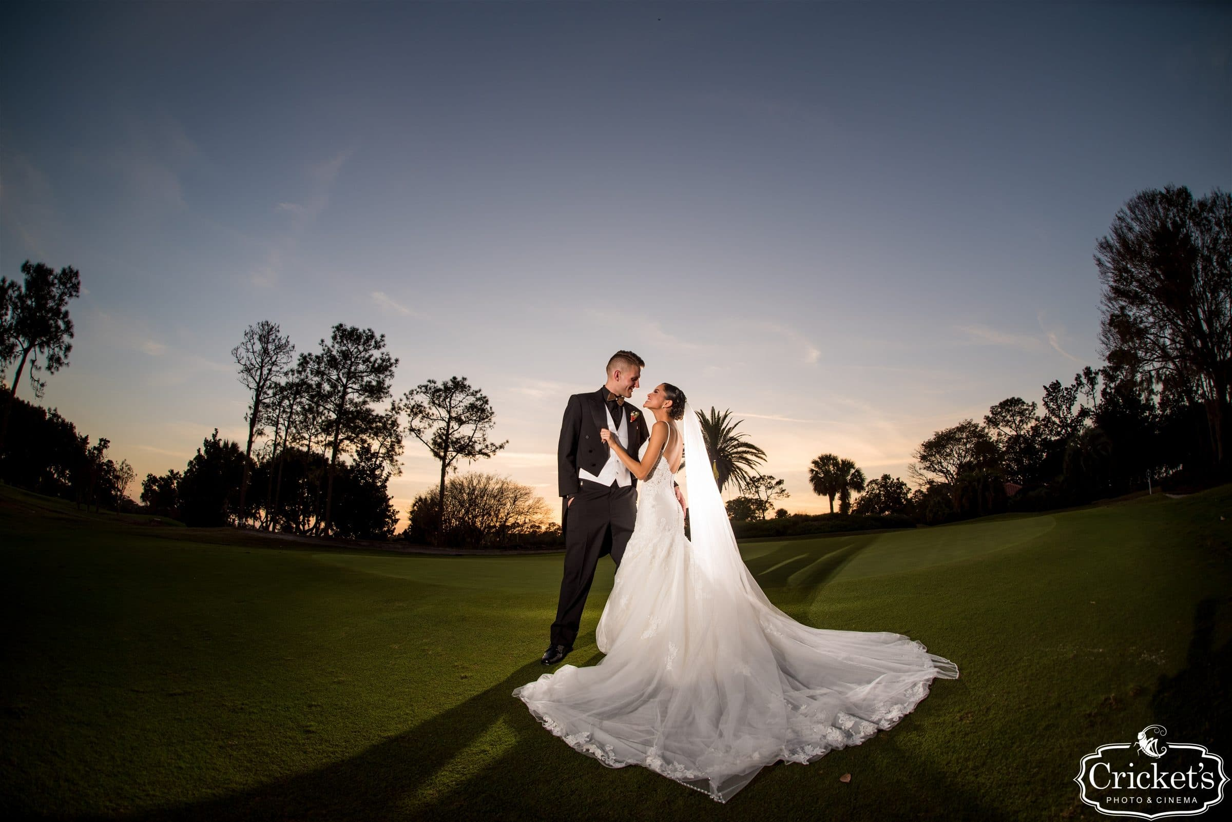 newlyweds on golf course