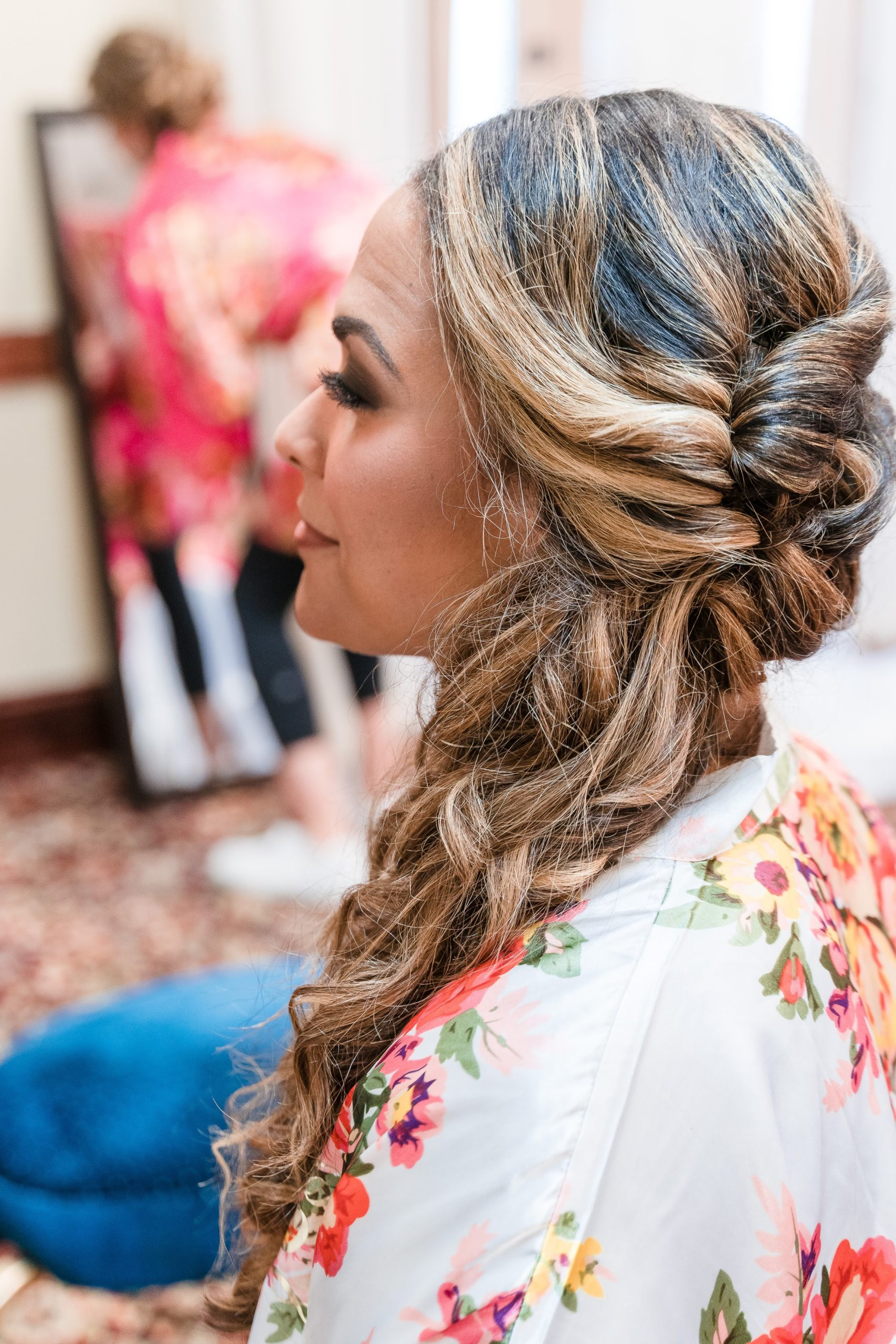 brides hair closeup