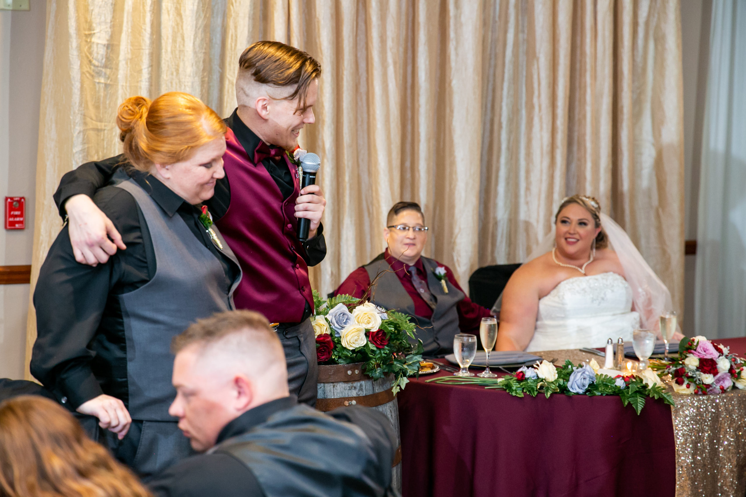 brother and sister of bride give speeches