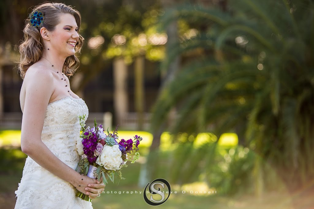 bride starting her walking down the aisle for her Florida wedding ceremony