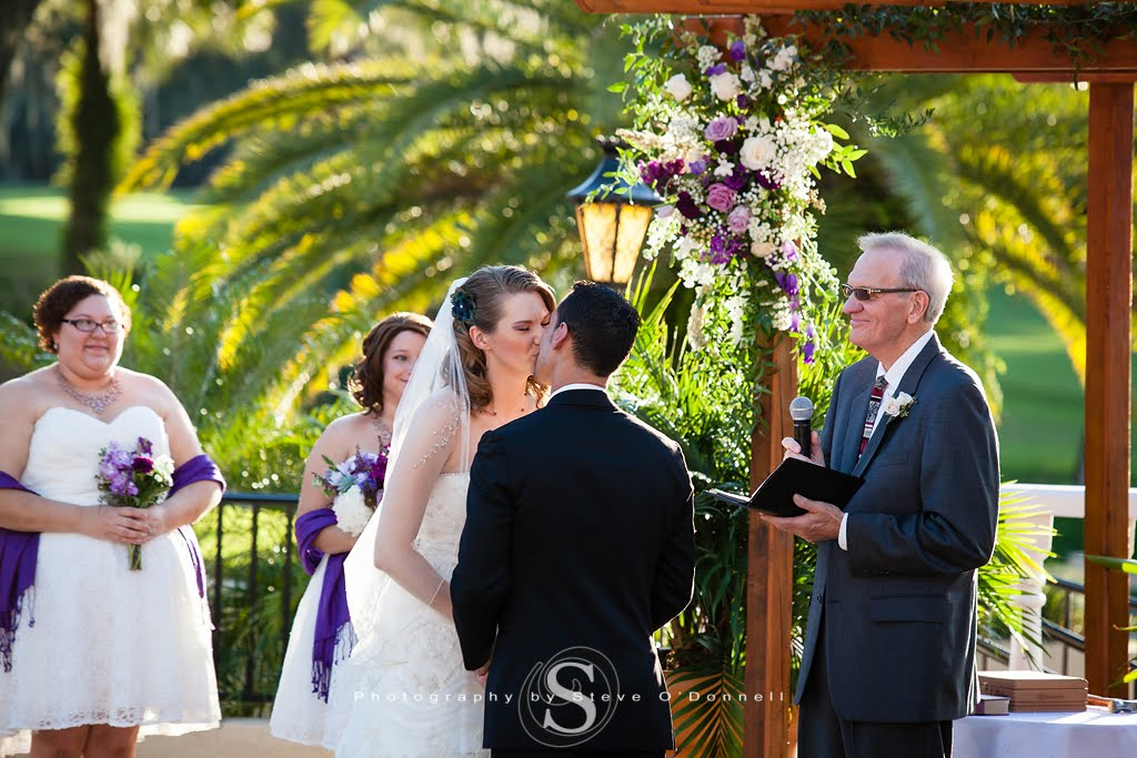 first kiss for bride and groom