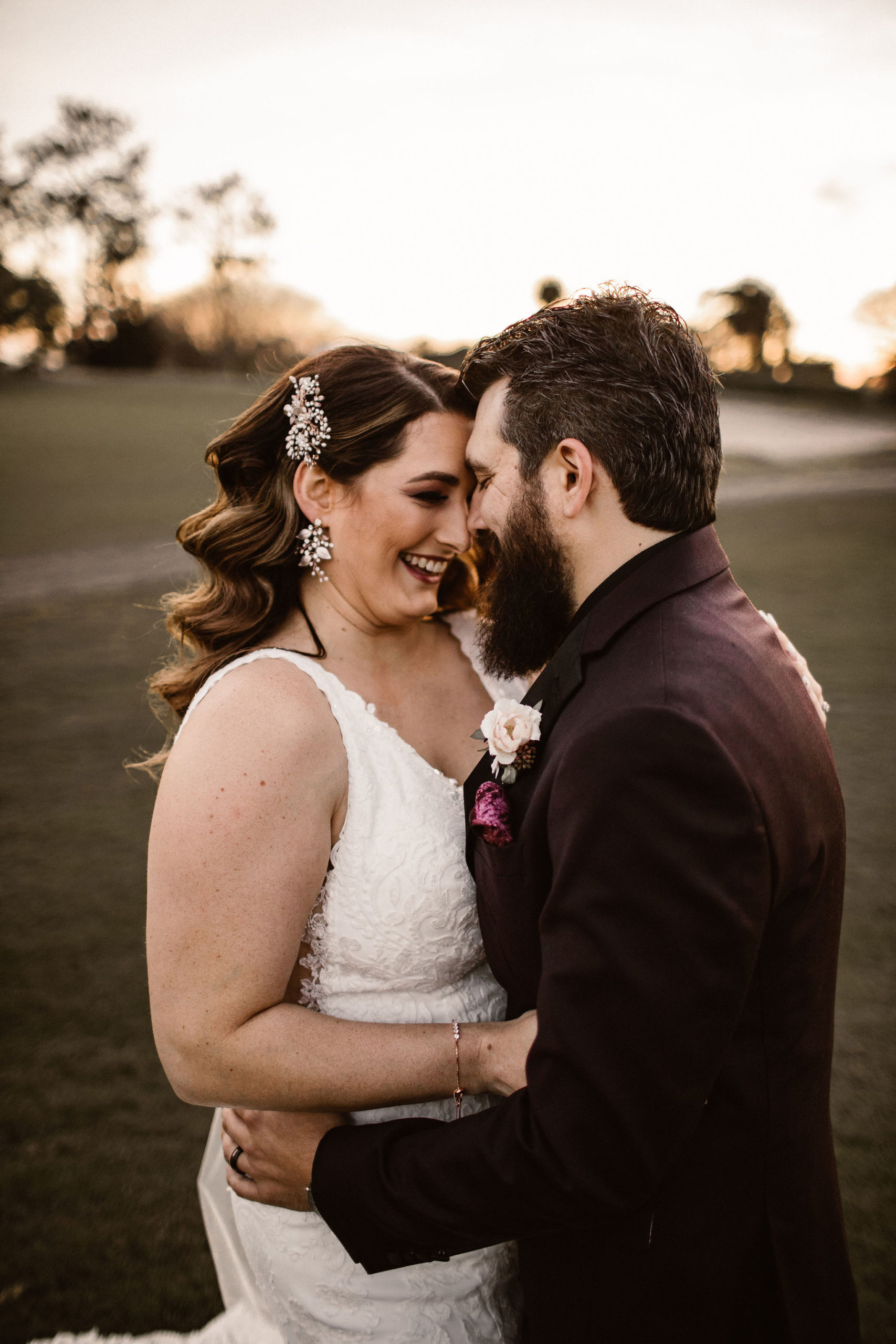 bride and groom for romantic mauve wedding